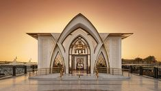 Inspiration from SpaGuide on the luxury Banana Island Resort Spa in Doha, a haven of wellness and tranquillity for A-Listers Ancient Egyptian Architecture, Persian Architecture, Mosque Architecture, Bali Honeymoon, Honeymoon Hotels, Vip Spa, Modern Villa Design, Building Exterior, Luxury Spa