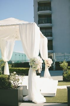 wedding ceremony idea; onelove photography