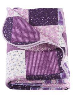 Gesteppte Patchwork-Tagesdecke in 6 Größen, Gr. 7-9 sind die passenden Kissen-/Nackenrollenhüllen im 2er-Pack. 100%Baumwolle, Füllung: 100%Baumwolle. Waschbarkeit bei 30°C. Alle Maße sind ca. Angaben.