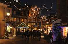 Le Marché de Noël de la place des Dominicains Colmar - Alsace - France www.noel-colmar.com #christmas #markets #Weihnachtmarkt
