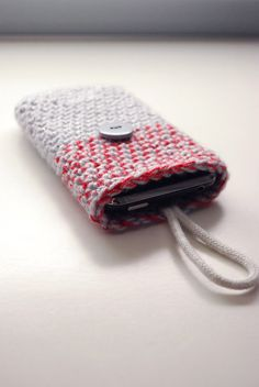 Red Smart Phone sleeve in 2 colours, iPhone bag, iPhone cover, iPhone case, iPod cozy