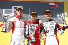 GP3, Stoneman e Niederhauser fanno centro a Sochi