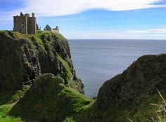 cornersoftheworld:  Dunnottar, Scotland | by Maciej Lewandowski  cliffs.