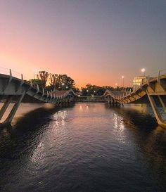 Buenos días. Este es el puente loco de La Barra. Lo disfrutaste alguna vez?  Repost • @lucasvidal10  #CHEGAMAISEMPDE #VENITEAPDE