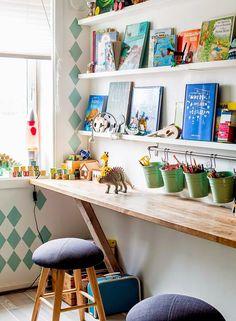 17 ideas for bedroom desk kids homework station Bedroom Desk, Kids Bedroom, Trendy Bedroom, Bedroom Small, Small Rooms, Boy Bedrooms, Bedroom Artwork, Bedroom Furniture, Wooden Table Diy