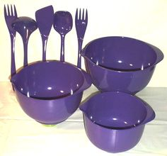 ROSTI Denmark melamine utensils and batter bowls in vibrant purple