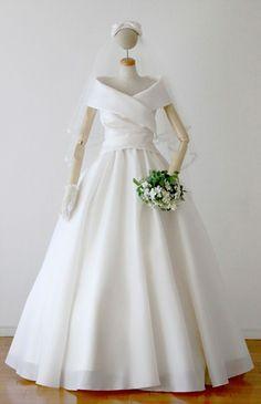 ローブ・ドゥ・マリエ セツコアオキ No.24-0050 ウエディングドレス 結婚式