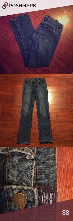 Girls size 14 Gap Kids Jeans Gap kids brand girls size 14 straight leg denim jeans. They are in excellent used condition. My daughter was only able to wear them a few times due to a large growth spurt. She cuffed the bottoms for a girlfriend fit look. Purchased new at the Gap prior to school starting. Gap Bottoms Jeans