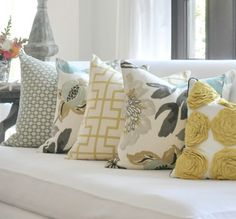 Arranging and Styling Throw Pipillows