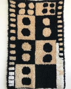 1960s black & white shag rug 〰〰〰 $550 • looks awesome as a wall hanging also, a little shy of a 5' x 3' • Perfect condition and so funky! #shagrug #1960s #retro #groovy #vintagerug #style #love #60s #midcentury #decor #wallart