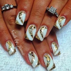 Gold Nails with Design