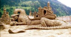 Sand Art is the practice of modelling sand into an artistic form, such as a sand brushing, sand sculpture, sand painting, or sand bottles. A sand castle is a type of sand sculpture resembling a min… Snow Sculptures, Sculpture Art, British Columbia, Ice Art, Snow Art, Grain Of Sand, Jolie Photo, Beach Art, Beach Music