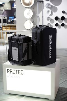 elinchrom ProTec Bag - photokina 2014 Keurig, Coffee Maker, Kitchen Appliances, Bag, Accessories, Coffee Maker Machine, Diy Kitchen Appliances, Purse, Coffee Percolator