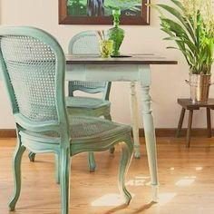 Arte em Palha (Empalhamentos, Itu/SP) • Cel/Whats: 11 97040-6441 • Tel: 11 4025-2175 • Instagram: #arteempalha #cadeira #palhinha #vintage #silla #rejilla #restore #chair #chaircaning #caneseat #interiordecor #interiors #decor #decoração #green #cottage #tardeboa #tardezinha #tarde #linda #boatardeee #boatardee #goodafternoon #bonjour #follow4follow #photo