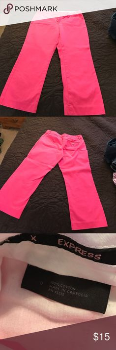 Express Editor Capri pants Size 0 hot pink Capri pants from Express. They are in excellent condition. There are 3 small pin makes on the left leg as shown in the pic, but I believe it will come out. Price reflects small flaw. These have only been worn maybe 3 times. Express Pants Capris