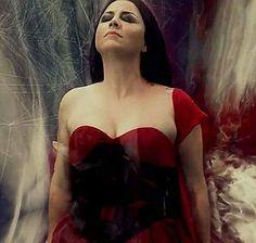 Amy Lee ... Heaven On Earth