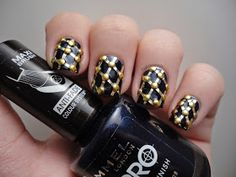 Dutchie Nails: Fabergé Egg Inspired Nail Art