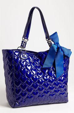 Betsey Johnson-betsey johnson tote,,I WANT! Tote Bags, Tote Handbags, Coach Handbags, Mk Bags, Design Bleu, Betsey Johnson Purses, Toms Shoes Outlet, Curvy Petite Fashion, Chanel Cruise
