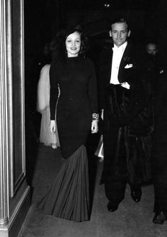 """Marlene Dietrich and Douglas Fairbanks, Jr. attending the theatre in London, 1936 """"Fairbanks was carrying on an affair with Marlene Dietrich, who used to smuggle him into her hotel room at Claridge's."""" - The Guardian Old Hollywood Style, Old Hollywood Movies, Golden Age Of Hollywood, Vintage Hollywood, Hollywood Stars, Classic Hollywood, Hollywood Fashion, Vintage Movie Stars, Classic Movie Stars"""
