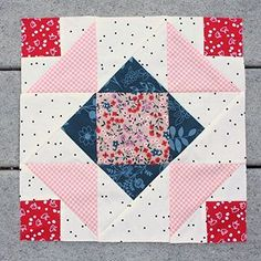 This week's Summer Sampler block is this block I called Corner Canyon. I'm already loving all the variations I'm seeing - esp the way the color/fabric placement changes the whole look! #summersampler  #summersampler2016