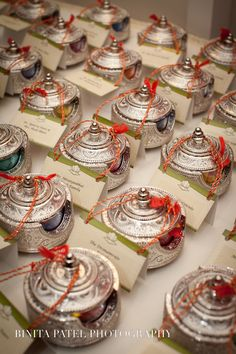 Wedding Gifts For Hindu Bride : about Indian Wedding Favors on Pinterest Wedding favors, Wedding ...