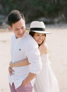 Sweet and Casual Beach Engagement Session in Hongkong Pre Wedding Poses, Wedding Couple Poses Photography, Pre Wedding Photoshoot, Prewedding Photoshoot Ideas, Film Photography, Wedding Ideas, Outdoor Engagement Photos, Beach Engagement, Engagement Session