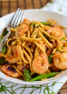 Slimming Eats Ginger and Garlic Shrimp with Noodles - gluten free, dairy free, paleo, Whole30, Slimming World and Weight Watchers friendly