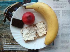 Dalsi minulost aneb ma nedavna snidane co dum da #breakfast #healthly #food #foodie #dark #chocolate #fruti  Kouknete na muj blog, doufam, ze ho jednou poradne rozjedu www.childof90.blogspot.cz