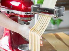 Nudeln ganz einfach mit einer Küchenmaschine selber machen