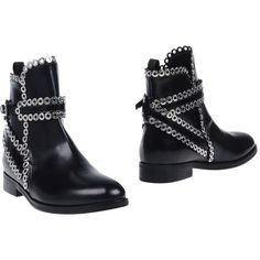 Alaïa Ankle Boots (6.835 DKK) ❤ liked on Polyvore featuring shoes, boots, ankle booties, black, black leather bootie, short boots, ankle boots, leather ankle boots and short black boots