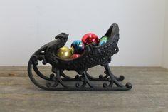 Vintage Victorian Sleigh Cast Iron // Black Sleigh