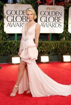 Charlize Theron en robe rose Dior haute couture sur-mesure aux Golden Globe Awards à Los Angeles, le 17 janvier 2012