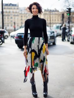 London Look #1: Black Roll-Neck and Midi Skirt