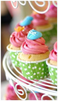 18 Must Try Cupcake Recipes Roundup. Cupcake ideas. The Flying Couponer | Family. Travel. Saving Money.