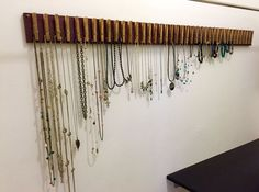 Clothespin Jewelry Hanger Great idea for farmer's mkt. dried goods, recipes, bread...