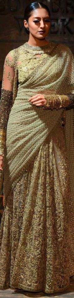 44 Ideas for bridal lehenga blouse couture week Lehenga Blouse, Bridal Lehenga Choli, Pakistani Bridal, Indian Bridal, Indian Dresses, Indian Outfits, Indian Saris, Stylish Sarees, Elegant Saree