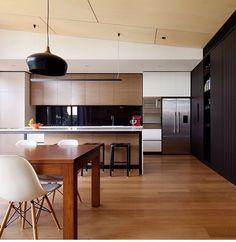 traumvilla f r fans moderner architektur moderne architektur wohn esszimmer und innenausbau. Black Bedroom Furniture Sets. Home Design Ideas