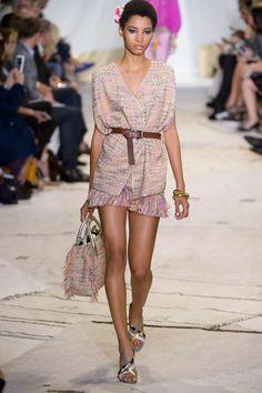 Model Lineisy Montero wird derzeit in New York sehr gut gebucht - hier sehen wir die 19-jährige Schönheit aus der Dominikanischen Republik auf dem Runway