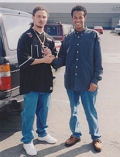 Throwback: Me & Bizzy Bone Thuggin' In A Mall Parking Lot 80s And 90s Fashion, Hip Hop Fashion, Bizzy Bone, Hip Hop Images, Bone Bone, 90s Hip Hop, Rap Music, Parking Lot, 2000s