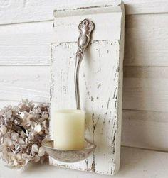 Leuk om zelf te maken! Stukje steigerhout, een oude soeplepel en een kaars!