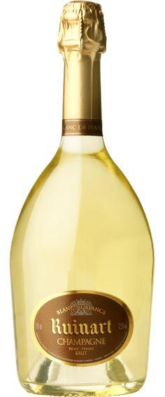 Ruinart Blanc de Blancs : Lez blanc de blancs a été élaboré avec une grande majorité de chardonnay issu des premiers crus de la côte de blanc et de la montagne de Reims avec un peu de sézannais. Très fruits frais, agrume, il est suave et tendre avec un joli moelleux, la fraîcheur revenant en finale. Très joli blanc de blancs.    En savoir plus : http://avis-vin.lefigaro.fr/vins-champagne/champagne/champagne/d11311-ruinart/v34374-ruinart-blanc-de-blancs/vin-blanc/0##ixzz2KaRvwLbs