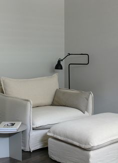 AMM blog | A new place to relax in the bedroom, Neva chair