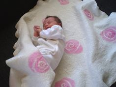 Major Laura * Felt Children Baby Blanket with roses. Wool and silk