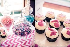 The cake stand , cupcakes