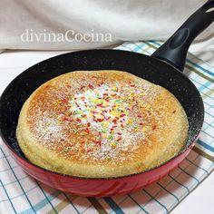 receta bizcocho en sarten Pie Recipes, Sweet Recipes, Cooking Recipes, Crazy Cakes, Galette, Healthy Sweets, Sweet Bread, Sin Gluten, I Foods