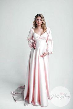 Maternity Prom Dresses, Casual Bridesmaid Dresses, Maternity Fashion, Sewing Dresses For Women, Breastfeeding Dress, Pregnant Wedding Dress, Shower Dresses, Batik Dress, Gowns Of Elegance