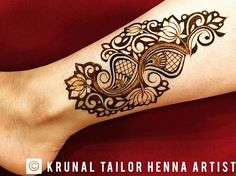 Hello hello! Hope everyone is doing well... Finally got a bit of downtime with family after a hectic two weeks travelling around the US! Still got two more cities to go to before I head back to London! Thought I'd finally share some pictures from Spring fling now that I have some time... .  #henna #mehndi #hennadesign #krunaltailorhennaartist #KTHA #mehndidesign #heena #mendi #tattoo #hennaart #hennatattoo #hennalove #hennavideo #hennainspire #gujaratiwedding #indianwedding #indian #gujarati