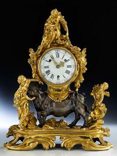 Kaminuhr mit Raub der Europa - Höhe: 56,5 cm. - Breite: 44 cm. - Tiefe: ca. 15 cm. [...], Beaux-Arts à Hampel Fine Art Auctions | Auction.fr