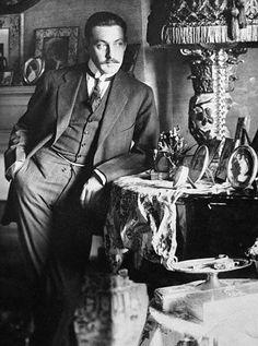 John Barrymore circa 1910. What a dandy.