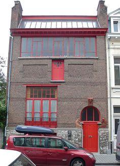 Ancien atelier d'artiste du peintre Emile Fabry (1902) 6, rue du Collège Saint-Michel 1150 Woluwe-Saint-Pierre. Bruxelles. Architecte : Emile Lambot.